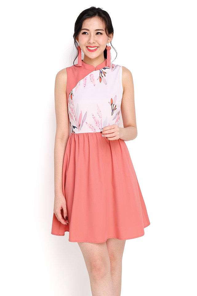 Budding Romance Cheongsam Dress In Apricot Rose