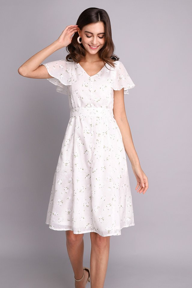 Spring Merriment Dress In White Florals