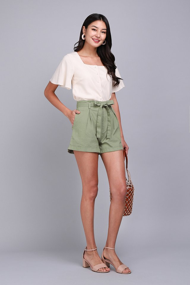 Julian Shorts In Sage Green