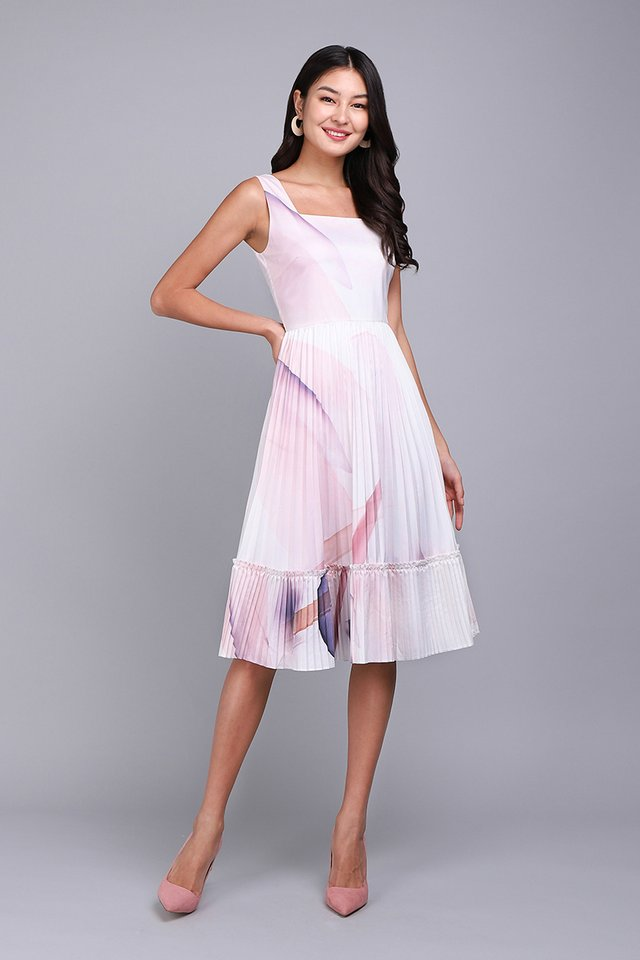 Love Confession Dress In Lilac Prints