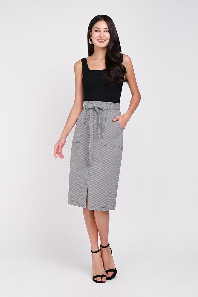 Classy Inspiration Skirt In Houndstooth Prints