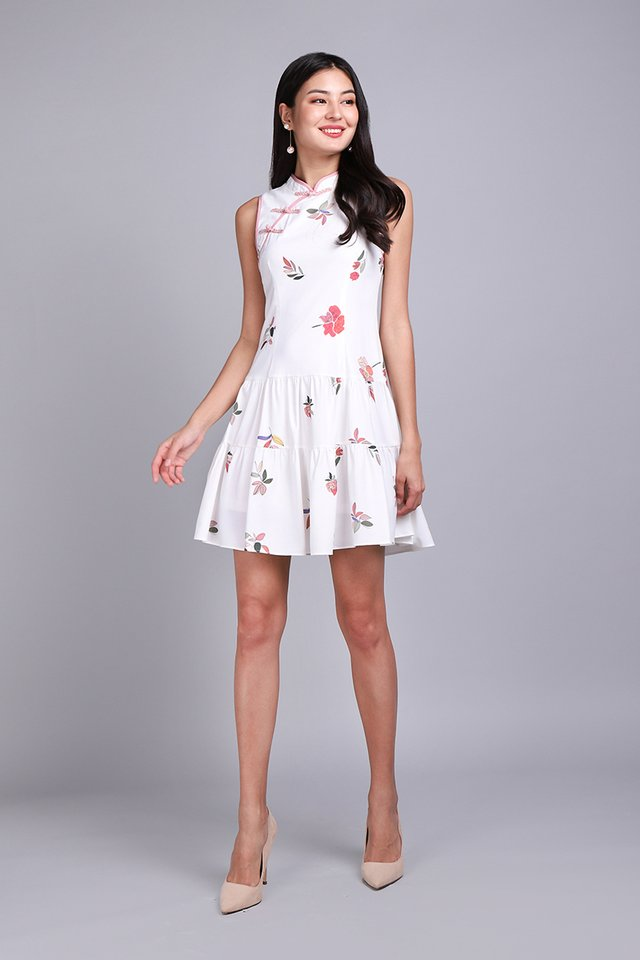 Spring Kisses Cheongsam Dress In White Florals