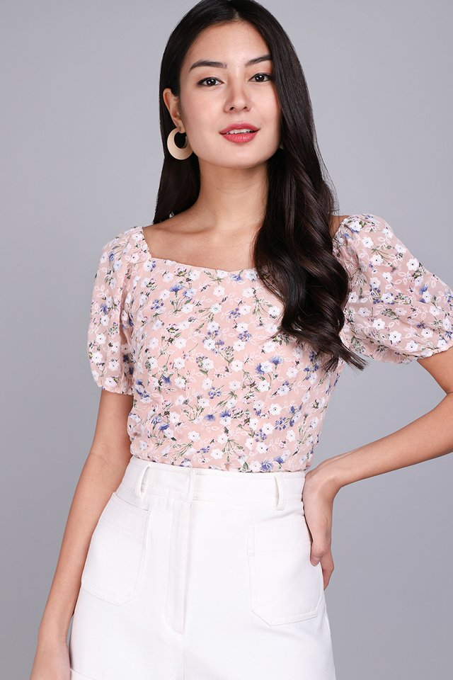 Most Hearted Top In Pink Florals