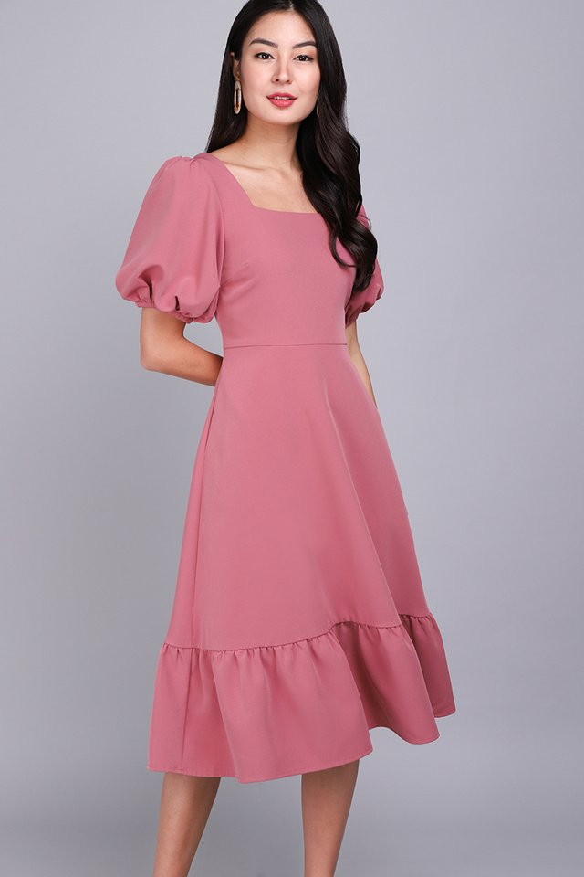 Amour In Rose Dress In Rose Pink