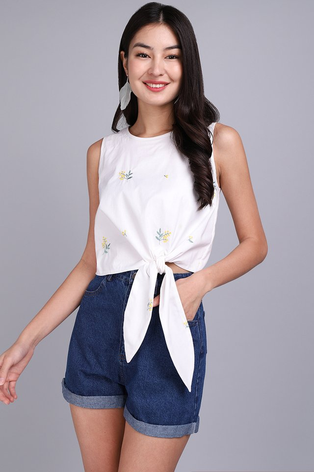 Spring Awaits Top In White Florals