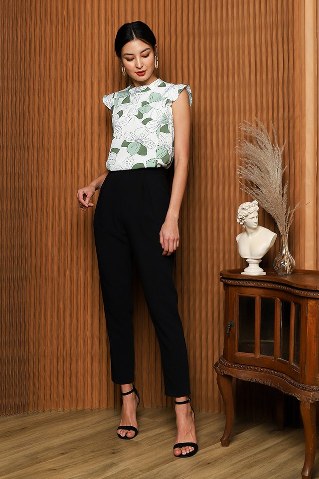 Soft Breeze Top In Botanical Prints