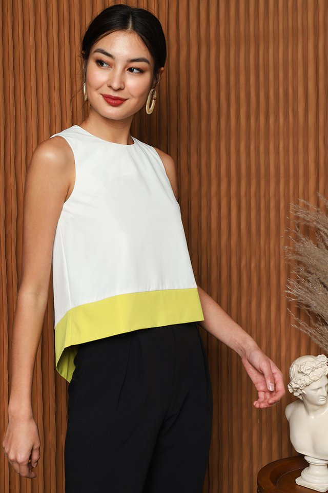 Bright Seeker Top In White Yellow