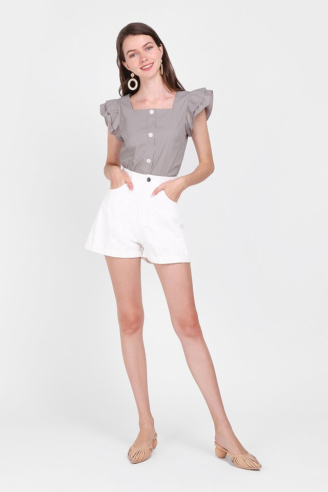 Fluttering Hearts Top In Taupe Grey