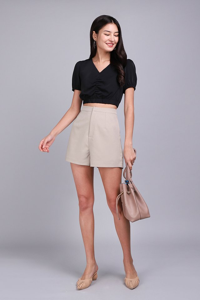Jude Shorts In Taupe