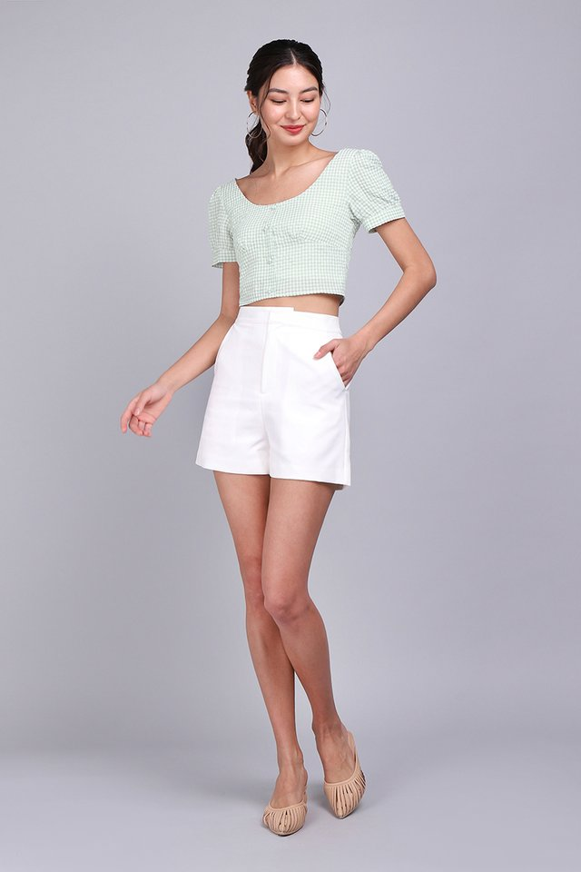 Jacob Shorts In Classic White